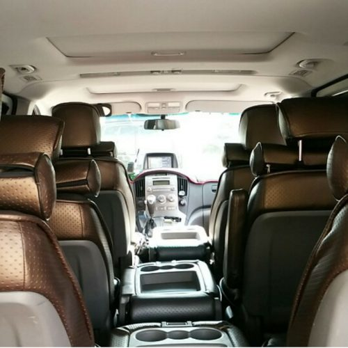 airport-transfer-inside-seats
