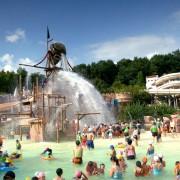 Caribbean-bay-splash-pools