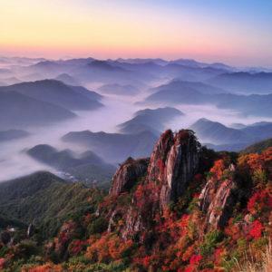 daedunsan-mountain-cloud-fall-foliage