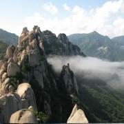 seoraksan-mt-seorak-hiking-peak