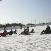 seoul_land_larva_snow_sled_hills_side_view_fun