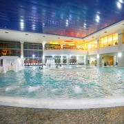 Termeden-spa-sauna-pool-korea-hot-spring-jacuzzi-outdoor-winter-german-pool