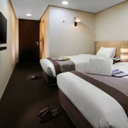 Seoul-group-tour-join-in-tour-all-year–hotel-room-double-twin