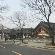 jeonju-hanok-village-entrance-korean-houses