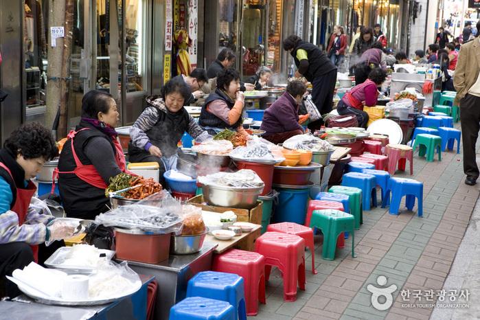 gukje-market-eatery