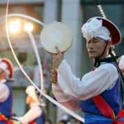 Korea-Gangneung-danoje-close-up-parade