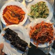 Busan-Gukje-market-food-snacks