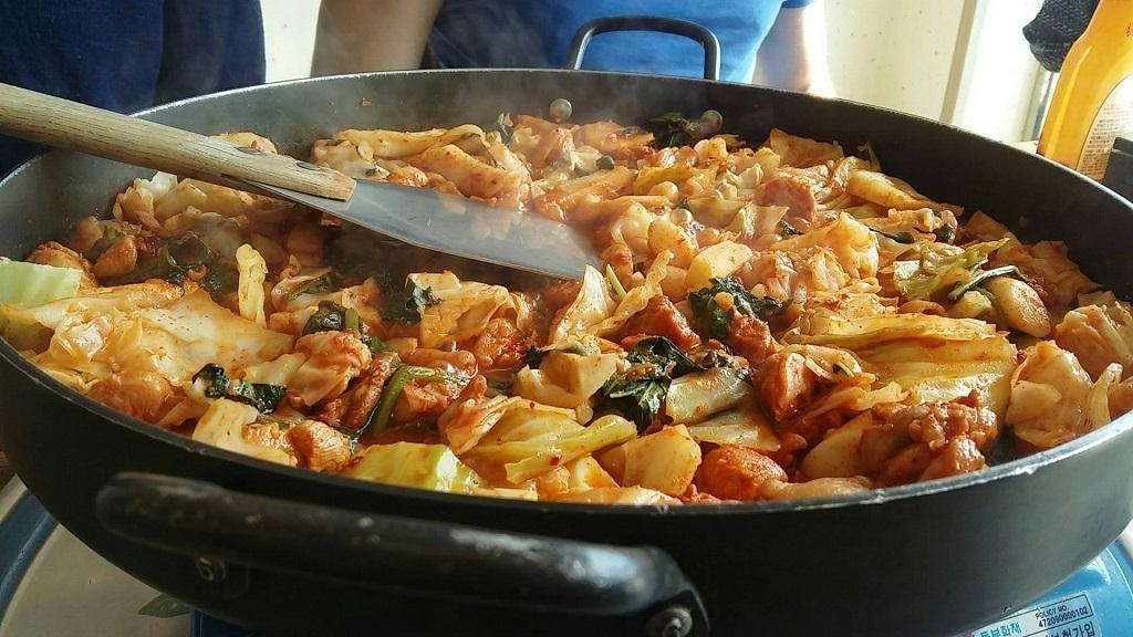 dakgalbi-spicy stir-fried chicken