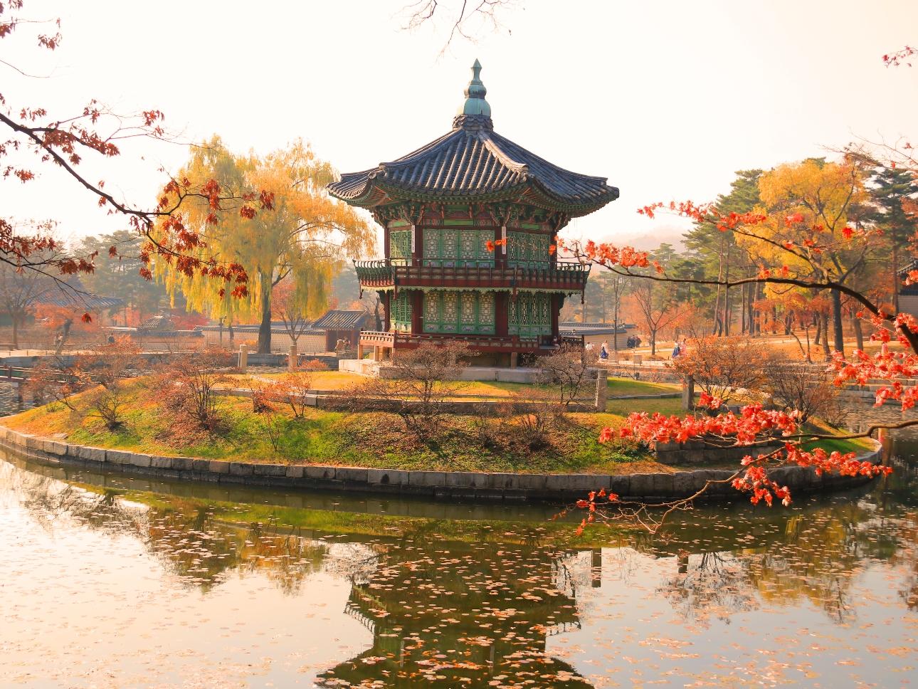 Gyeongbukgung Palace Autumn