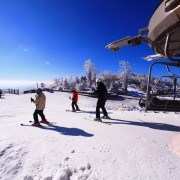 korea-ski-yongpyong-resort-ski-lift-exit