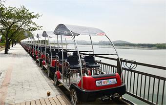 uiwang-rail-bike-lake-view