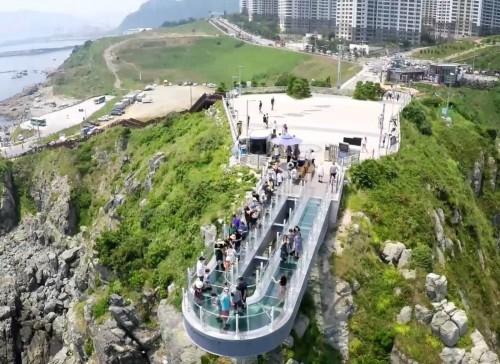 oryukdo-skywalk-view