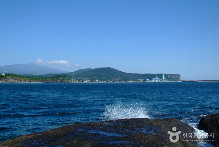 Yongmeori_Beach_jeju_island