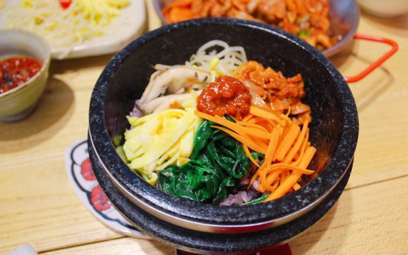 7 Healthy Korean Food for Spring and Summer! | KoreaTravelEasy