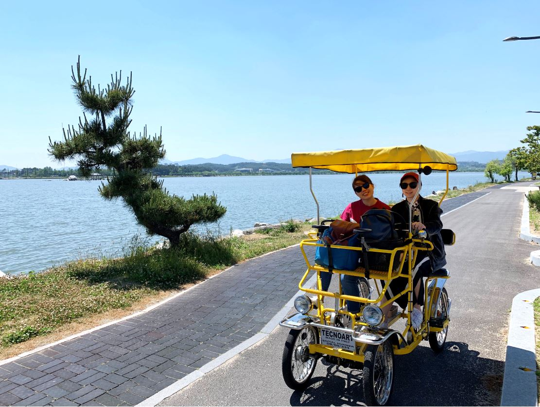 activity-in-gyeongpo-bike