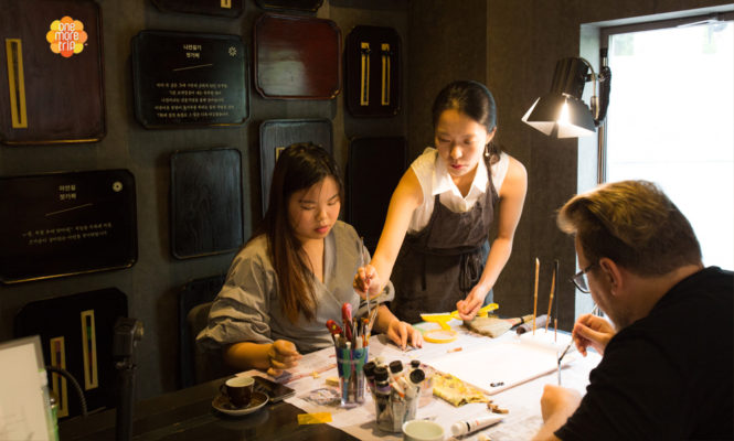 chopsticks making lesson with teacher