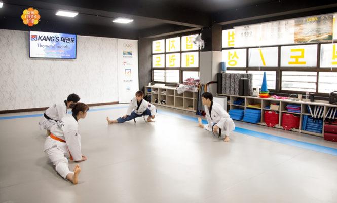 Taekwondo Practicing