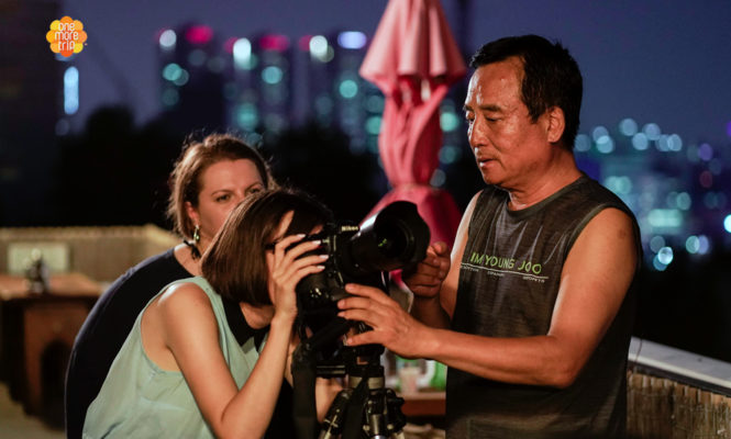 Guesthouse learn photography with owner