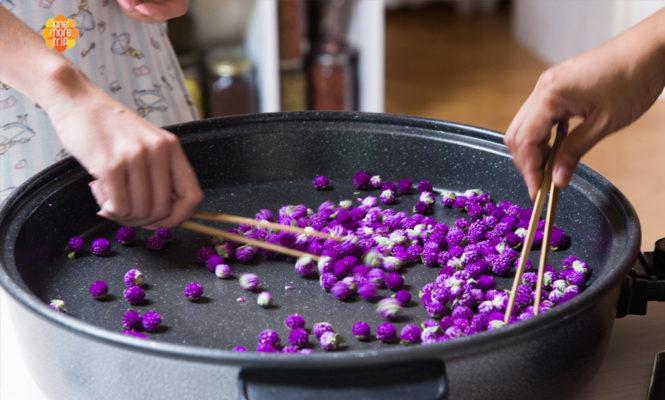 Flower tea experience roasting flowers