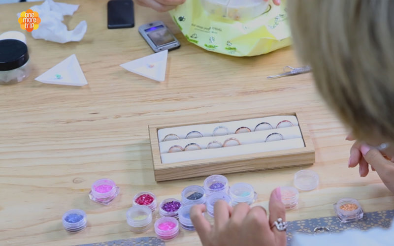 mother of pearl ring decorating
