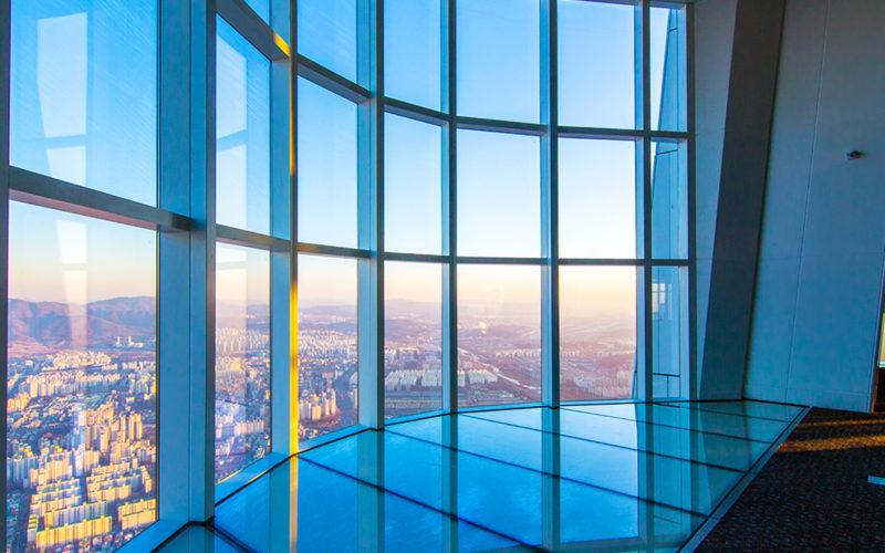 lotte tower 118 floor sky deck