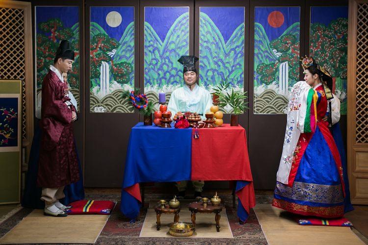 Korea Traditional Wedding Experience Groom Bride ceremony