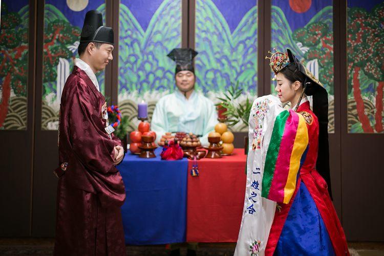 Korea Traditional Wedding Experience Groom Bride ceremony closeup