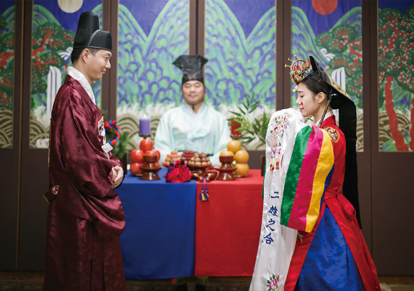 Korean Traditional Wedding Ceremony Experience and Snapshot in Insadong