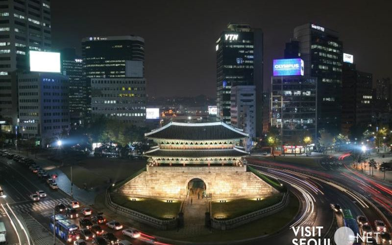 dongdaemun gate night view