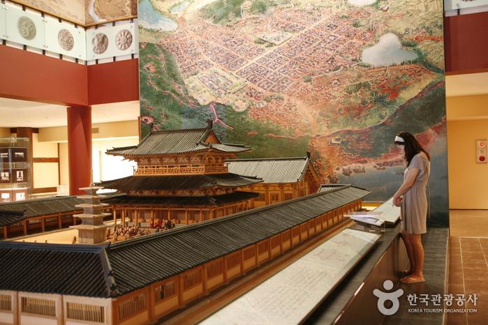 Jeongnimsaji museum5