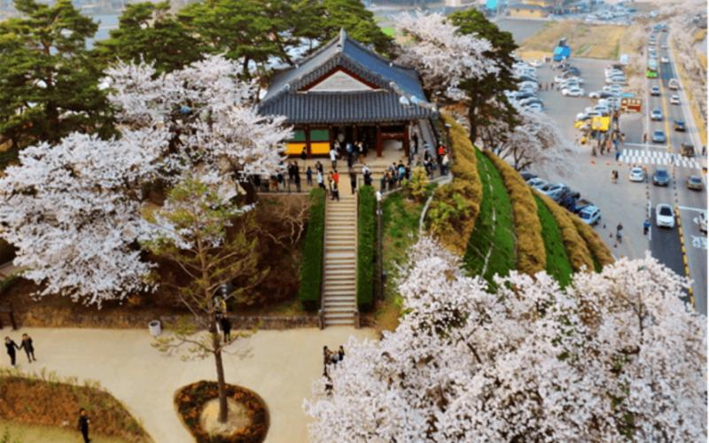 Gyeongpodae-Pavilion